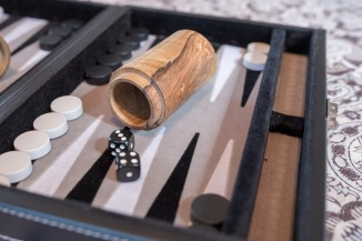 Tenoned dice cup