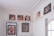 Picture rail with Marilyn